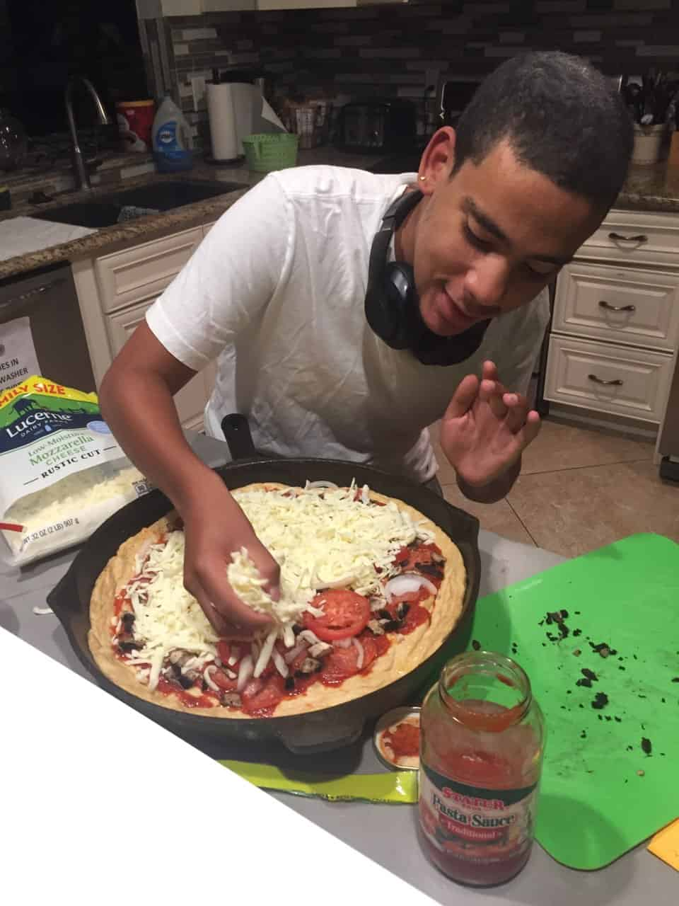 jacob-cast-iron-pizza-2